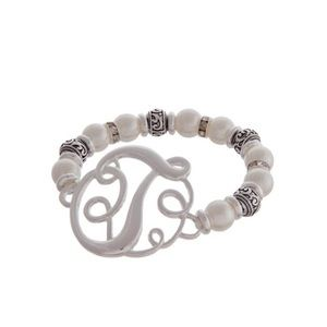 Jewelry - Brand new monogram initial pearl silver T bracelet